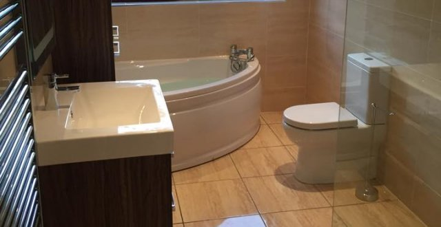 Jr groves bathroom design and installation belfast for Bathrooms n ireland